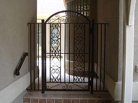 Rails. Fencing. Screen Enclosure. Powder coating. Gates