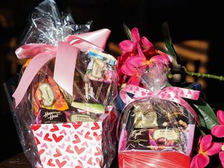 Valentines Hawaiian Host Gift Set.jpg