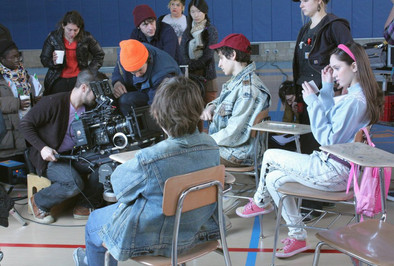 On Set of Katya and the Scarlette Sails