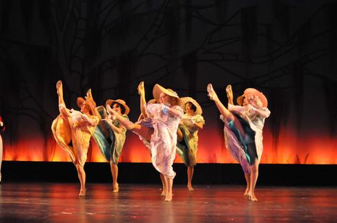 Women's Dance Ensemble of Mame