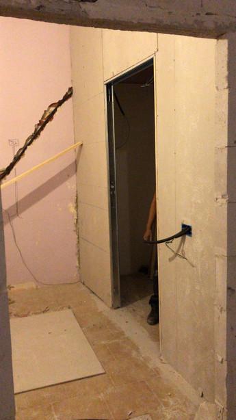 Demolizioni e nuovi muri
