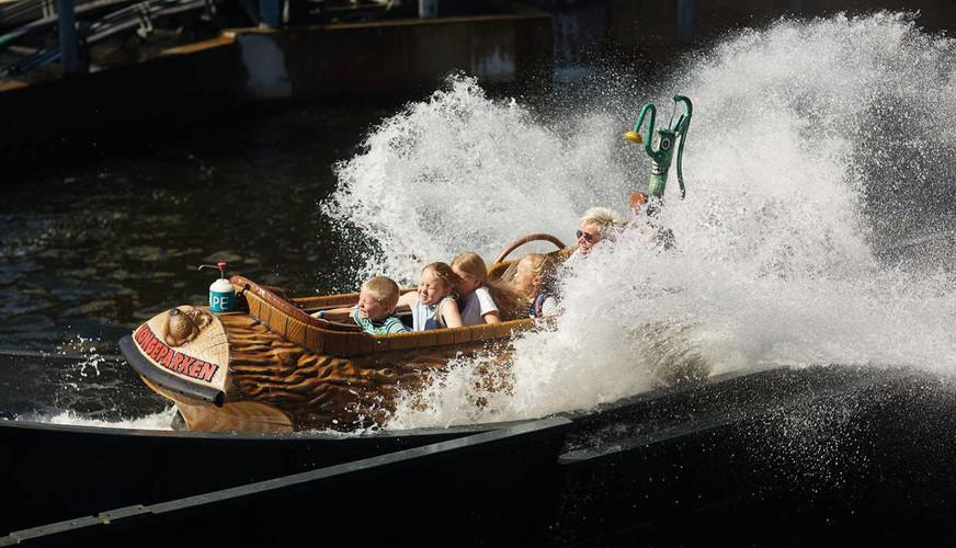 kongeparken flume ride 02.jpg