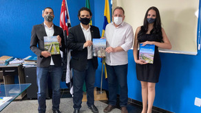 The international magazine team visits Louveira and announces a report on the city in 2022