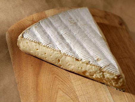 ¿Porqué tiene el Brie esa corteza tan particular?