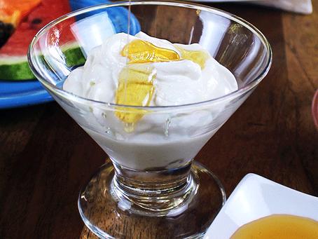 Las diferencias entre los yogures griegos