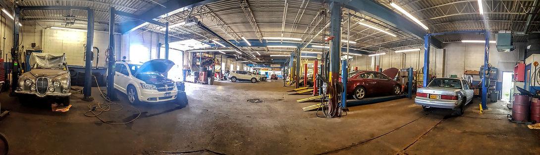 Canetta's Collision & Service Center Garage
