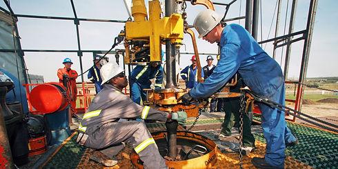 o-ALBERTA-OIL-RIG-JOBS-facebook.jpg