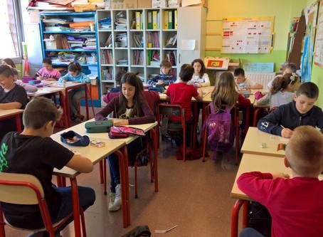 """""""Osservando la realtá: il ritratto"""" laboratory @Aldo Moro primary school"""