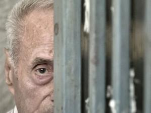 Procurorii cer o pedeapsa de un sfert de veac de inchisoare