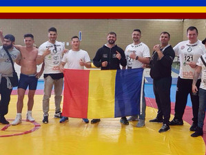Trei sportivi români medaliați cu aur, la English Wrestling Seniors Championships 2017