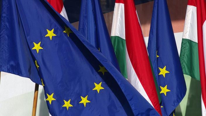 ungaria and ue.jpg