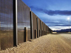 Primarul Berlinului avertizeaza SUA in legatura cu zidul de la granita cu Mexic, amintindu-le istori