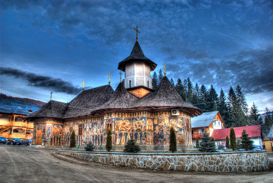 manastirea_petru_voda.jpg