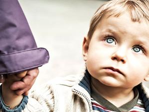 Marea Britanie inaspreste legile parentale!  Copiii gasiti nesupravegheati vor avea parinti arestati