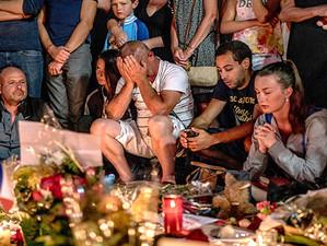 Atentat la Nisa – Franta in doliu de ziua nationala