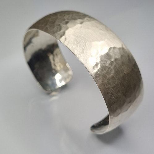 Armreif  aus 925er Silber, gehämmert