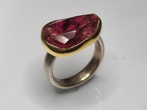 Ring aus 925er Silber,  750er Gold, Turmalin