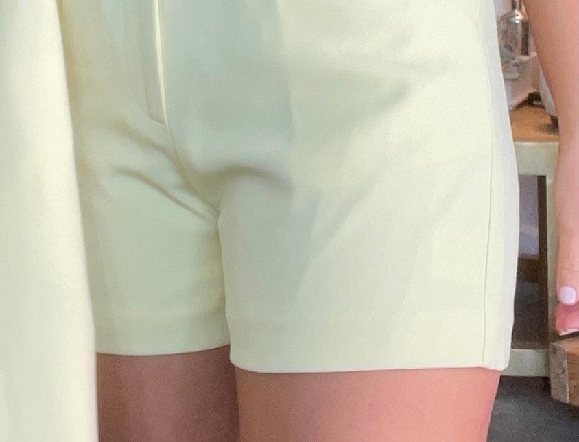 Perrier Amarelo Shorts