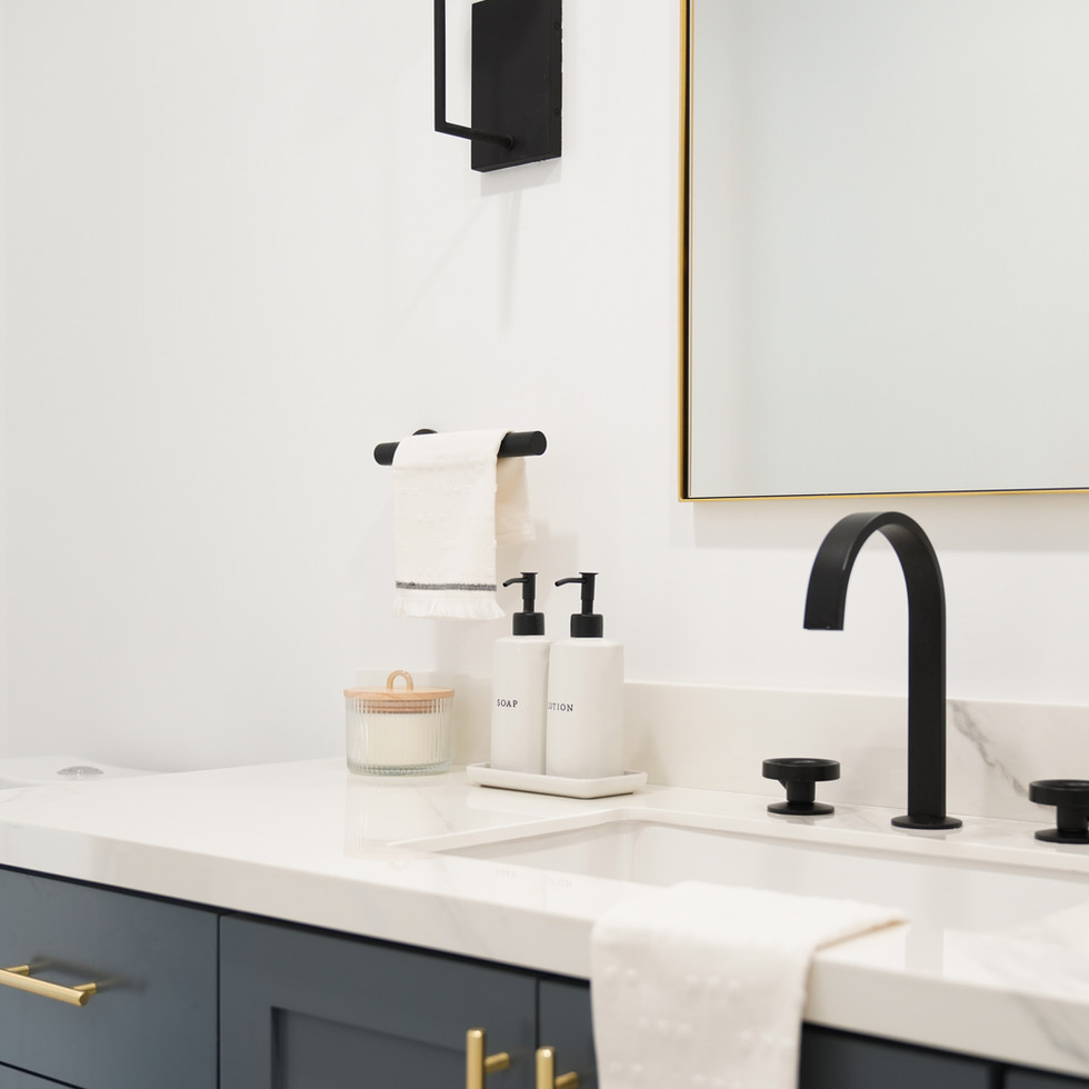 Modern bathroom with classic elements