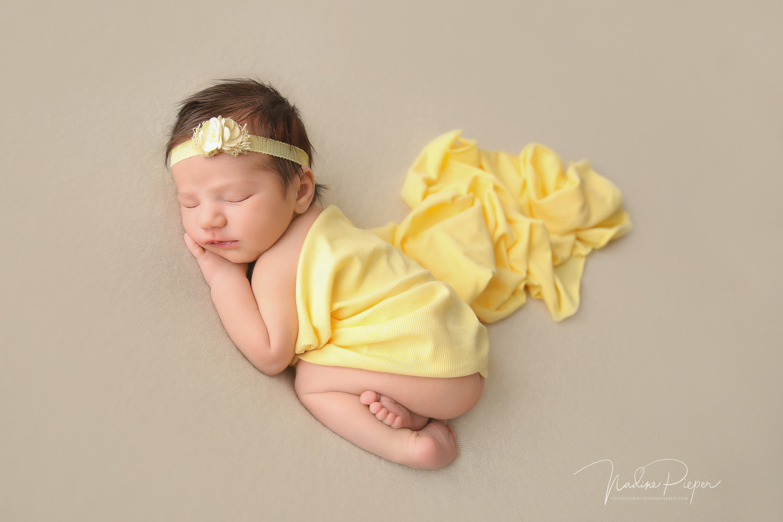 9H5A4620_fotograf_nadinepieper_newborn.j