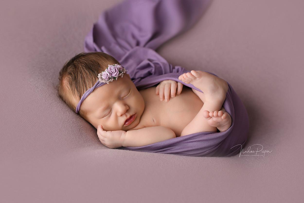 9H5A4774_fotograf_nadinepieper_newborn.j