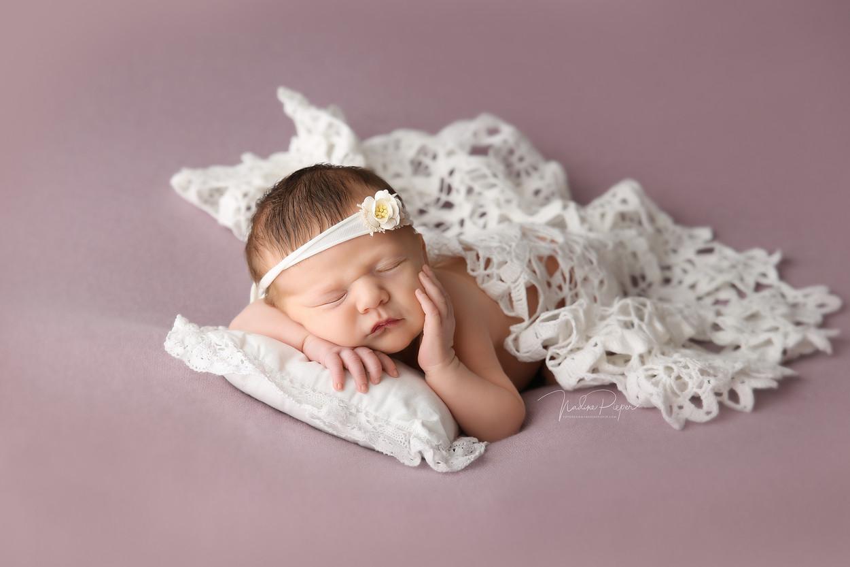9H5A4762_fotograf_nadinepieper_newborn.j