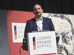 Prof. Ulrich Reinhardt