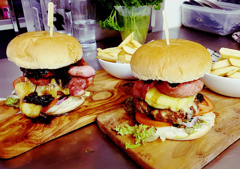 Home-made burgers with a choice of fillings