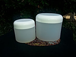 Containers, 2 oz. white round