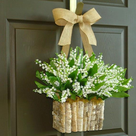 Une décoration naturelle avec du muguet pour votre mariage