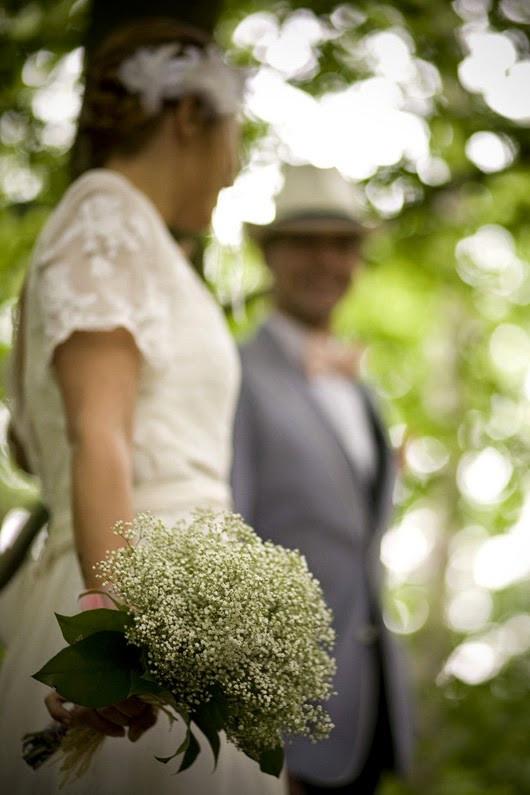 Un bouquet de mariée tout blanc