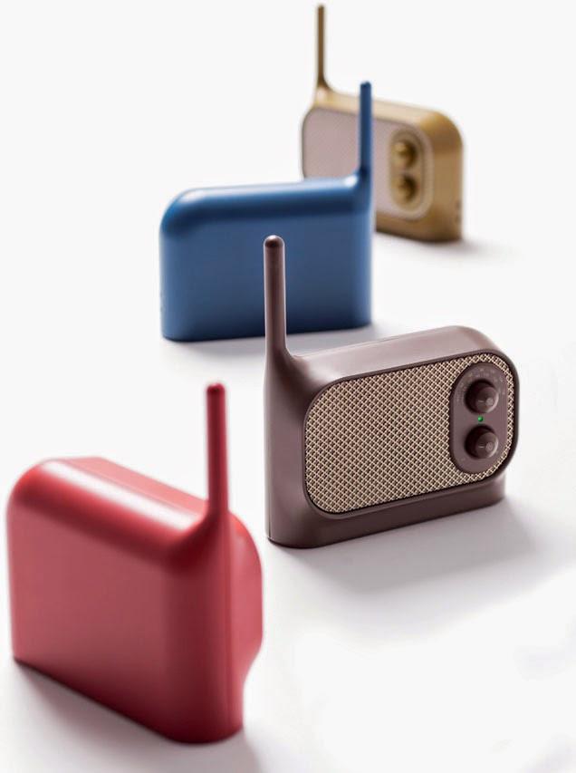 Un joli choix de couleurs actuelles pour la radio Mezzo de Ionna Vautrin pour Lexon