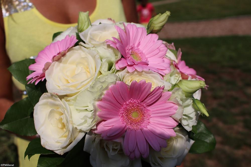 Un bouquet pour un mariage champêtre en rose et vert