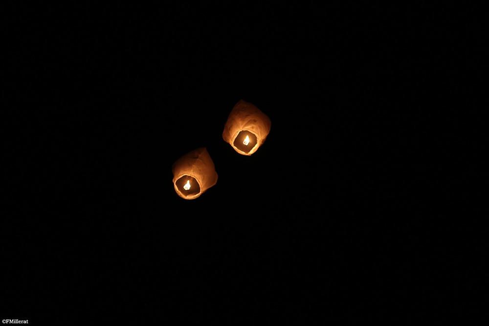 Lâcher de lanternes thaïlandaises pour un mariage