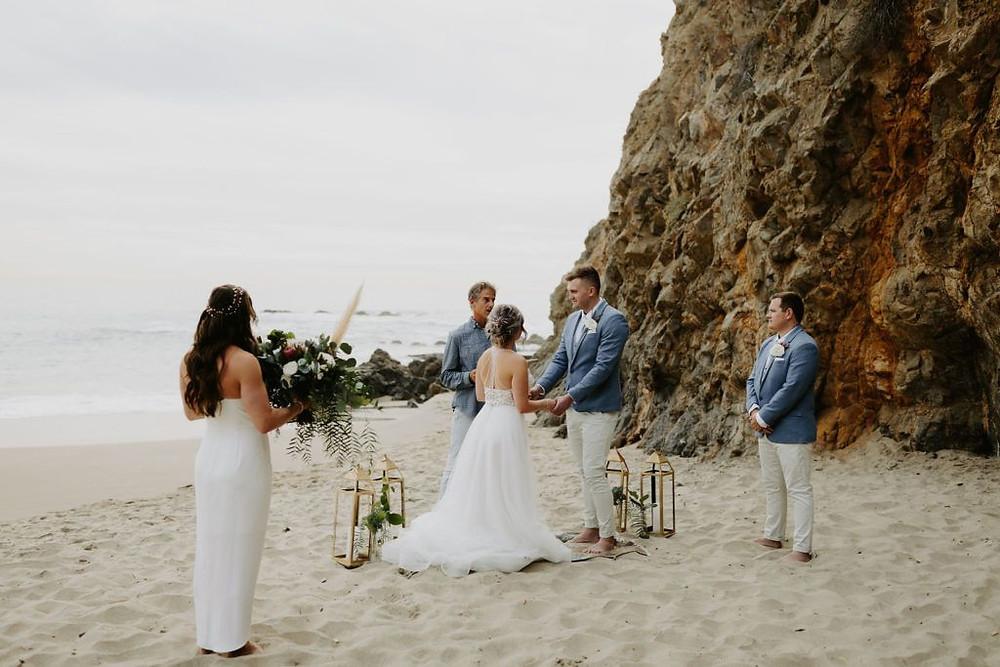 Elopement wedding : seuls au monde sur une plage