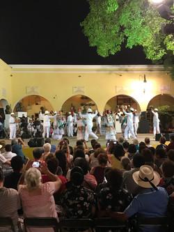 music and dancing in Merida