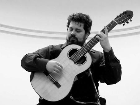 Conversation & music practice with Guitar Shreda