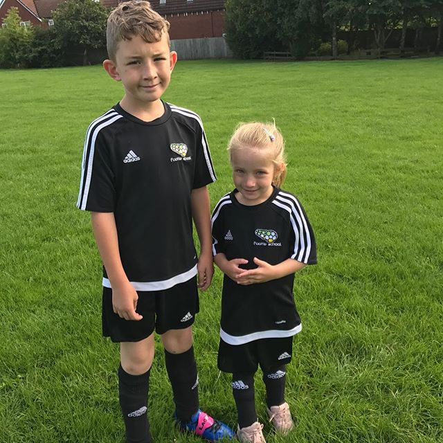 Finn & darcey ready for _footie_school ⚽