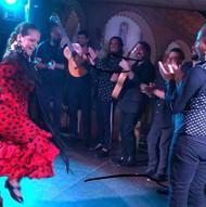 En un show con el Farru y Kiko Moreno