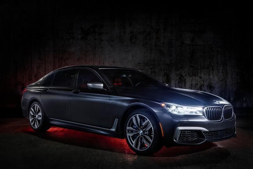 BMW M7 Front Facing