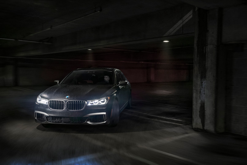 BMW M7 In Motion