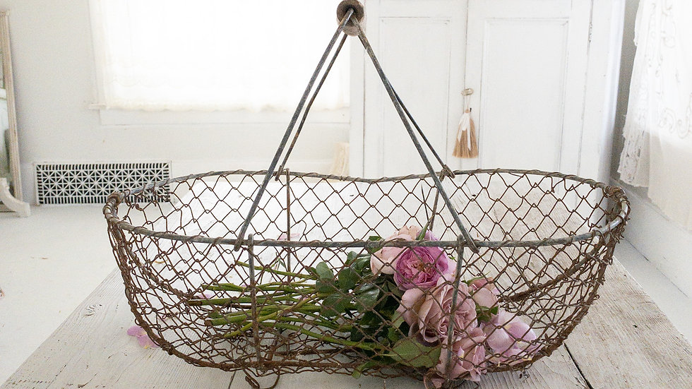French Wire•Metal Harvest Basket