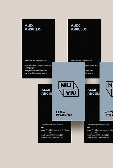 Disseny de cartells per Niu Viu creat per Icònic and Co, agència de comunicació de Reus