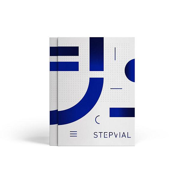 Diseño de carpeta de Step Vial por Iconicandco