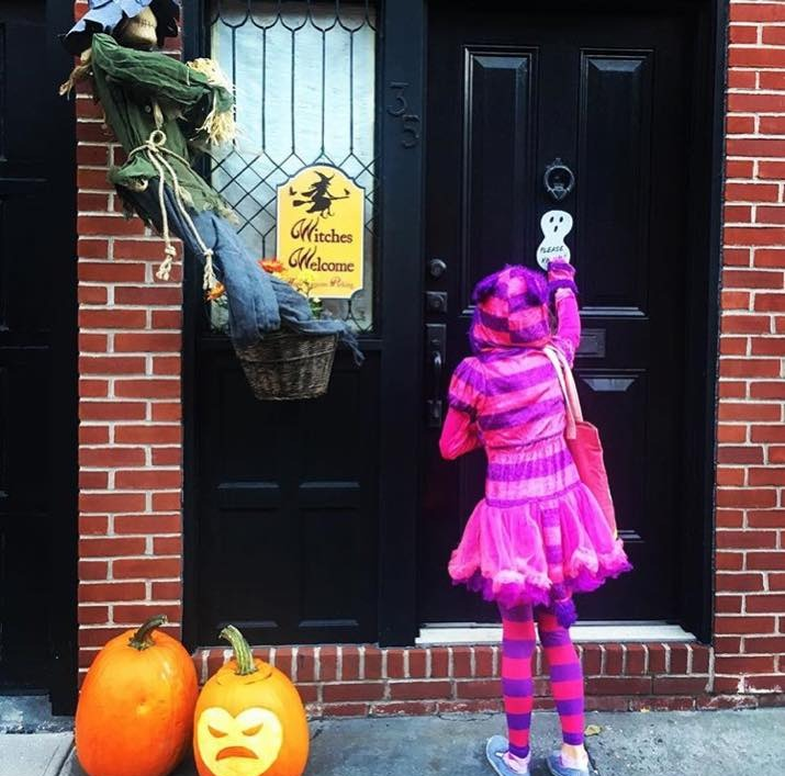 Cheshire Cat, Trick-or-Treating