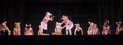 preschool modern dancers