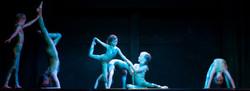 Acrobatisc group dancing to Avatar