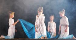 Classical Greek juniors
