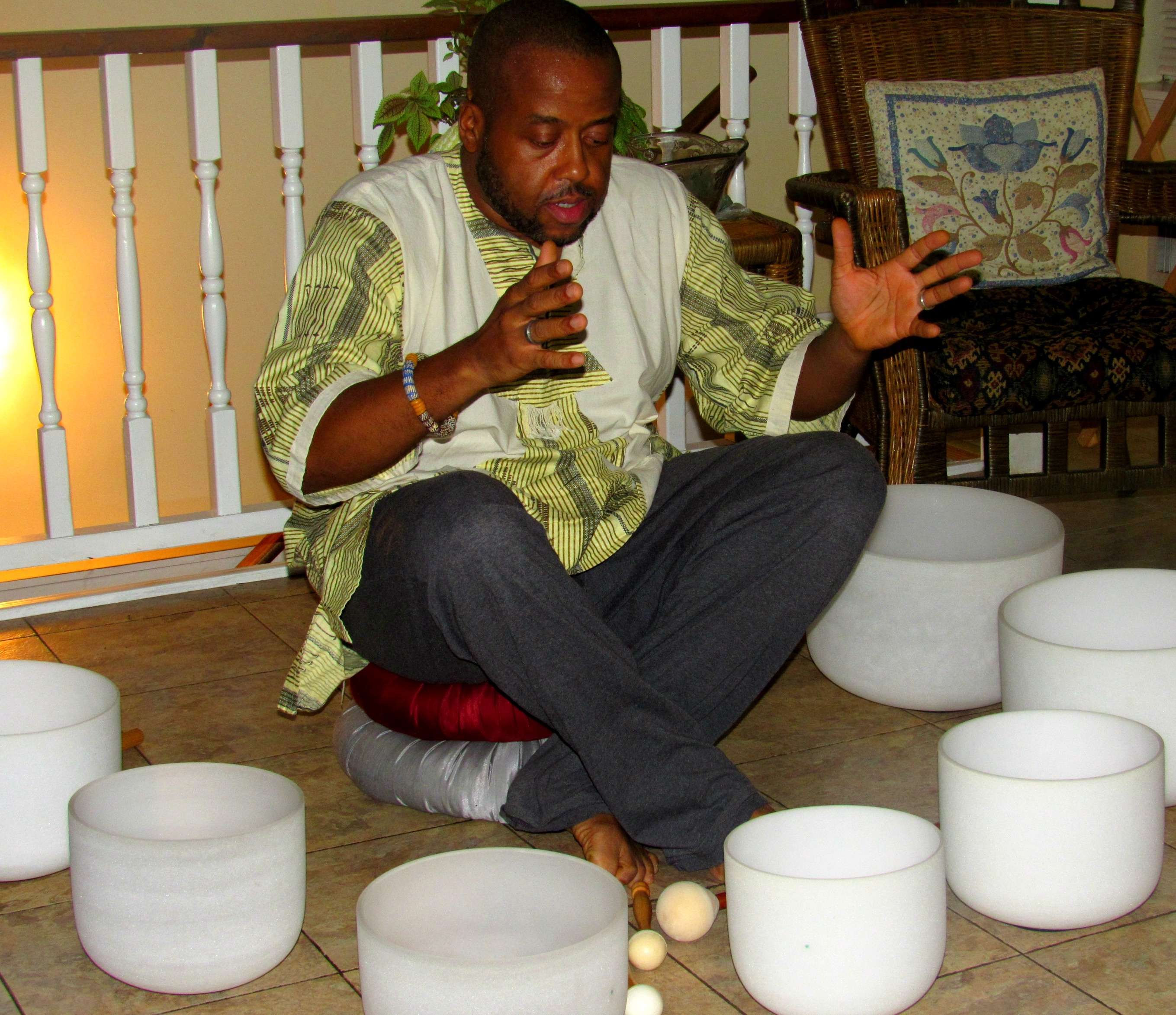 Tommy Singing Bowls