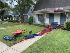 A Home In East Dallas Halloween Decorations Awarded Themselves Multiple Police Visits